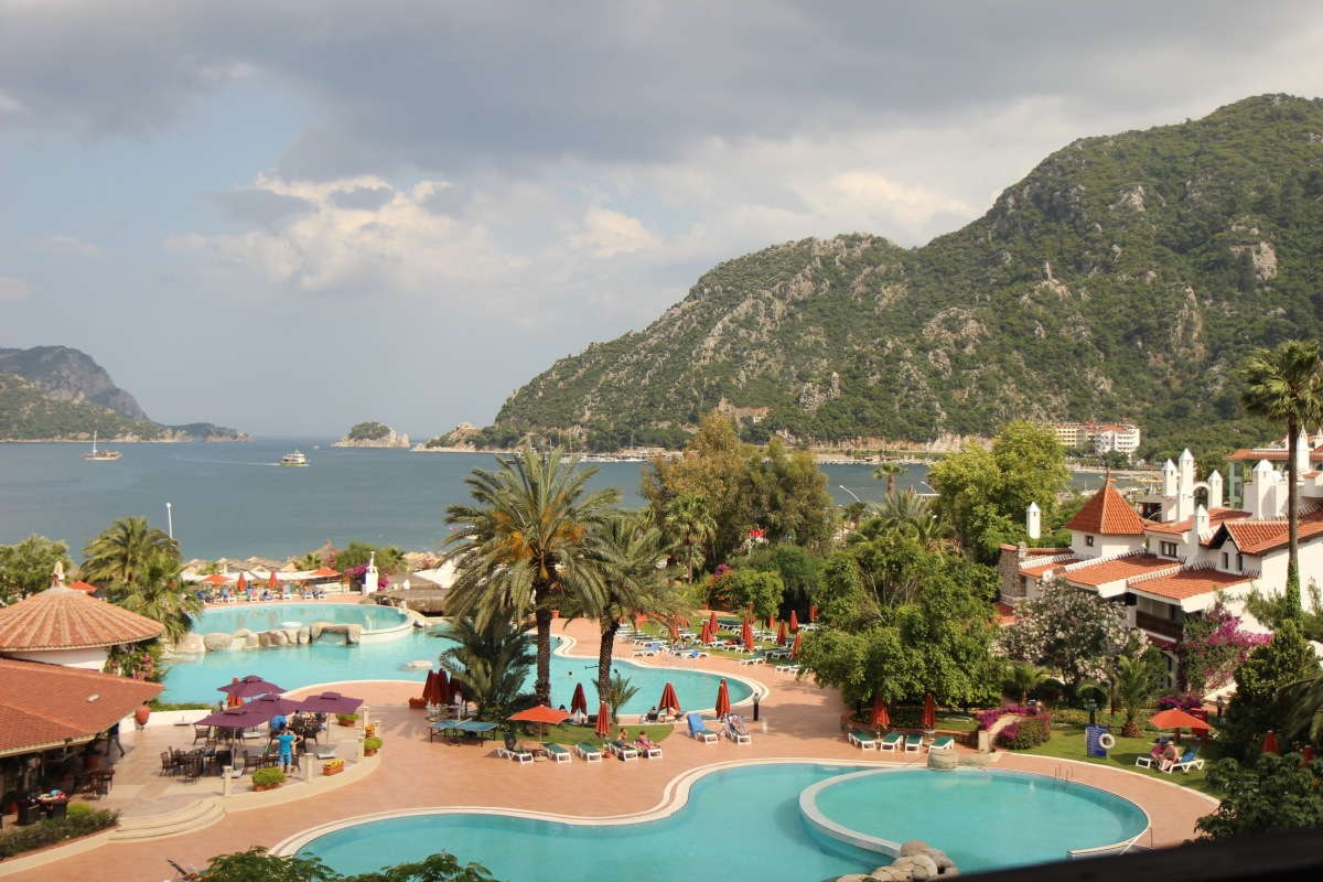 Отель  Marti Resort 5*